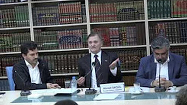 Araş.Yzr. Ahmet Akgül Prof.Dr.Abdulaziz Bayındır Faizci Sömürü Sistemi ve Alternatif Çözüm Önerileri
