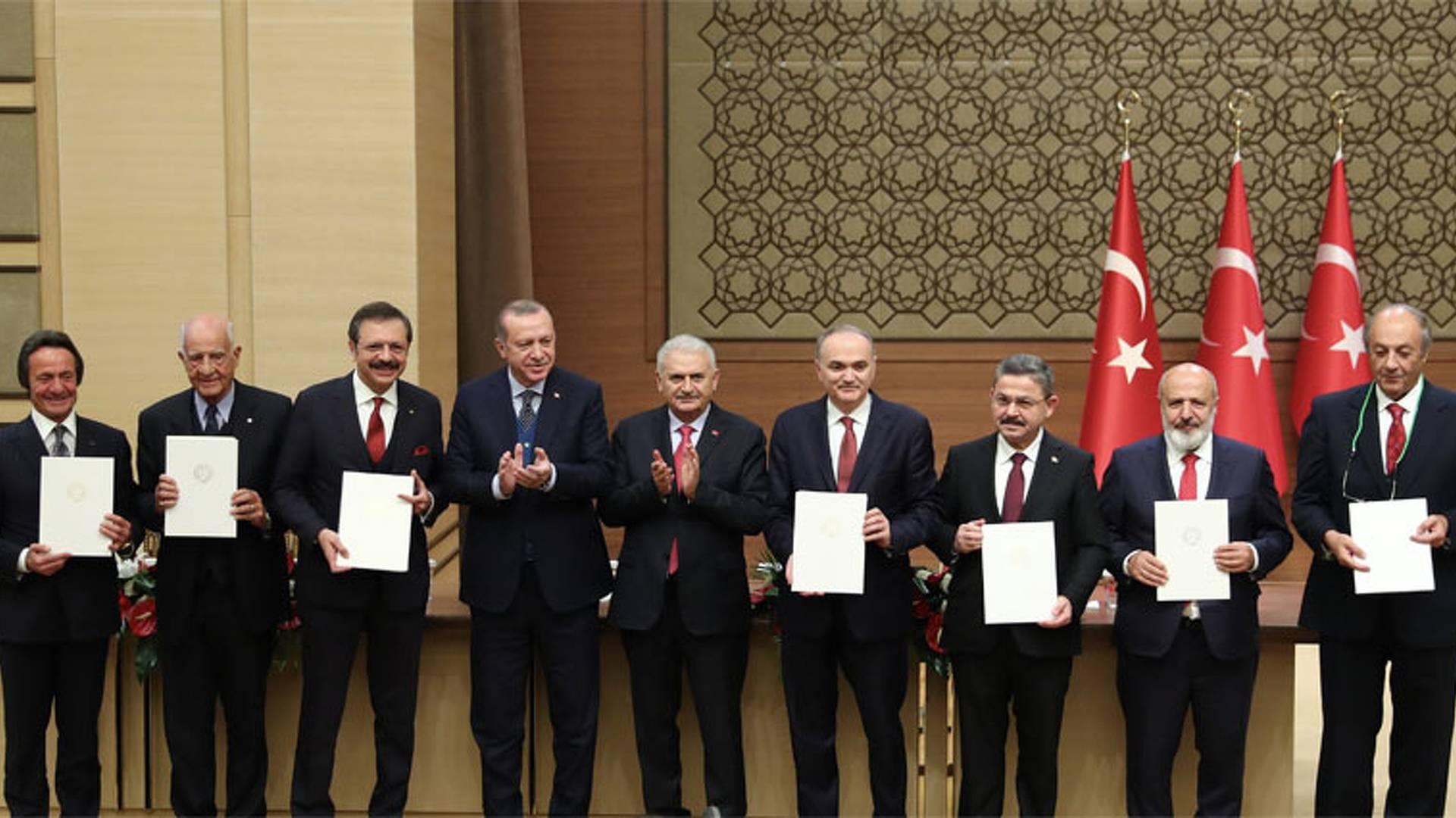 """""""YERLİ ARABA"""" PALAVRASI VE """"PKK'YA GÖZDAĞI"""" PATAVATSIZLIĞI"""
